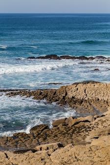 Costa do atlântico na europa, com surf