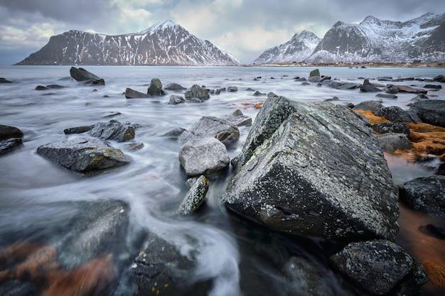Costa do mar norueguês