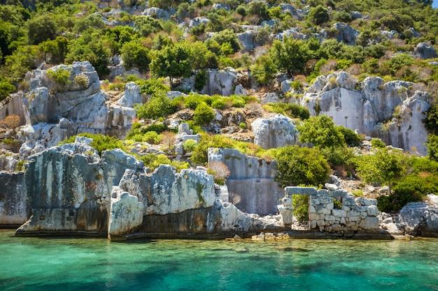 Costa do mediterrâneo, na turquia.