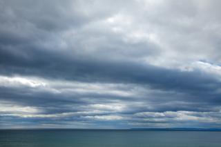 Costeira nuvens ampla paisagem hdr