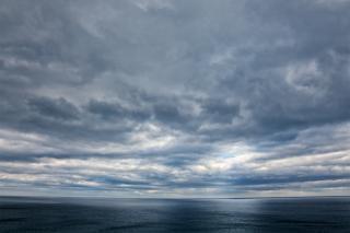 Costeira nuvens paisagem hdr
