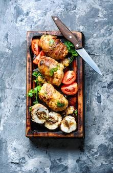 Costeletas de frango com cogumelos