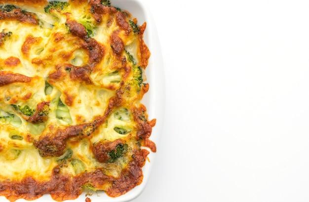 Couve-flor cozida e brócolis gratinado com queijo