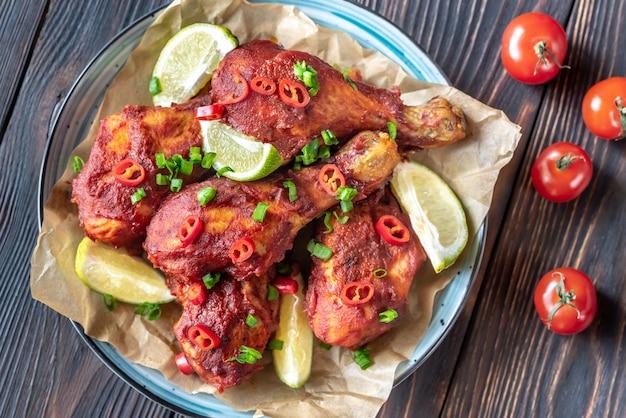 Coxinhas de frango em molho barbecue