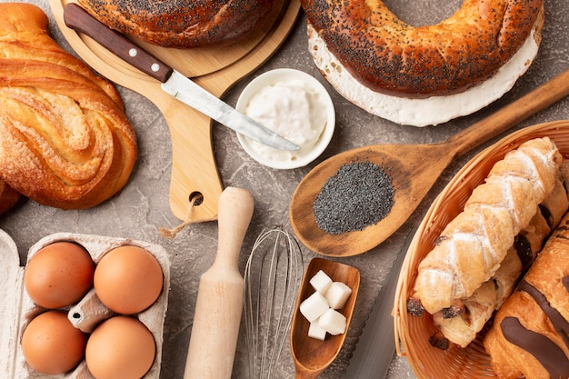 Cozimento e bagels saborosos plana leigos