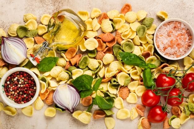 Cozinha culinária com ingredientes tradicionais para o preparo de massas italianas