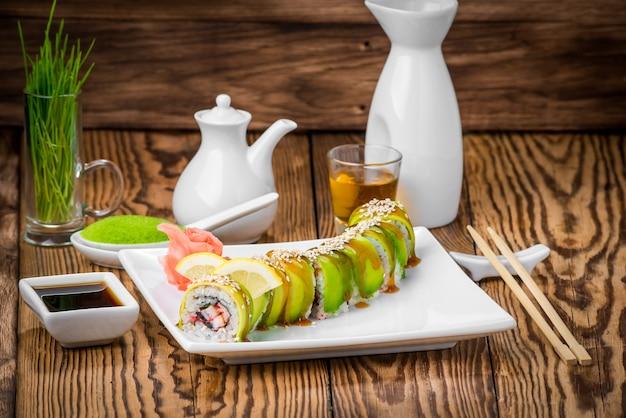 Cozinha japonesa com frutos do mar frescos