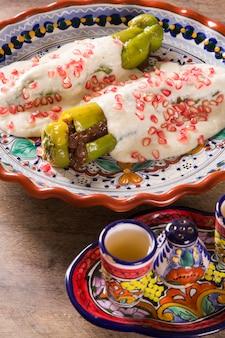 Cozinha mexicana com chili