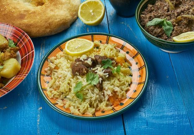 Cozinha paquistanesa, scheherazade biryani - pratos tradicionais variados, vista superior.