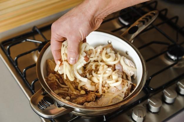 Cozinhar em casa cozinha.