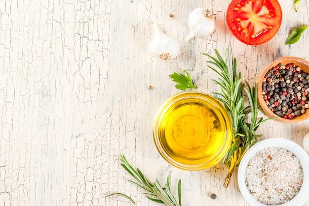 Cozinhar fundo, ervas, sal, especiarias, azeite