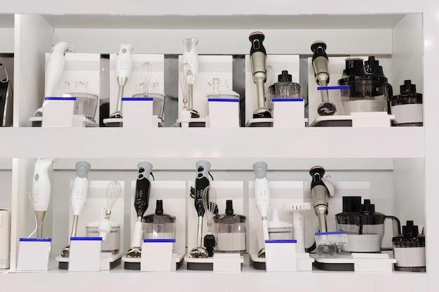 Cozinhar liquidificadores de imersão em loja de varejo