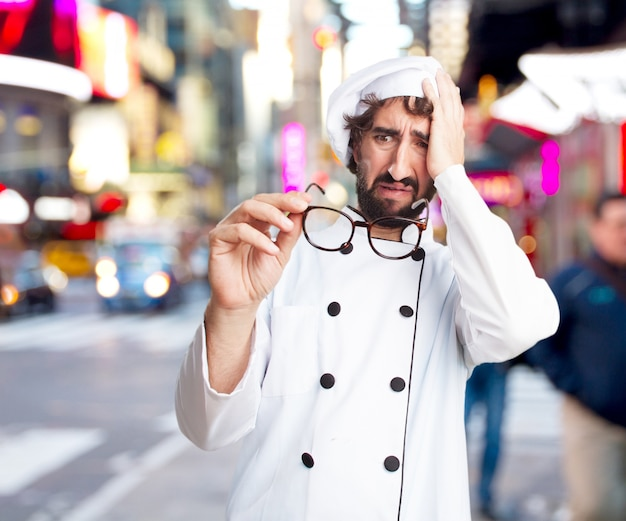 Cozinheiro chefe louco expressão preocupada