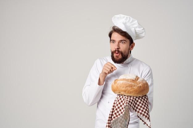 Cozinheiro masculino cozinhando padaria indústria culinária