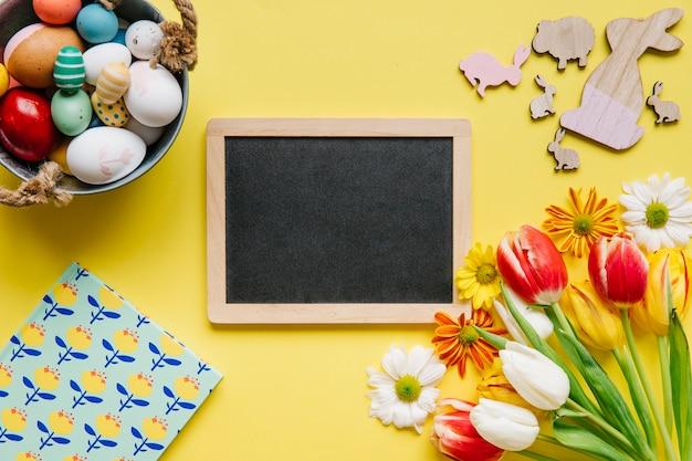 Crafty composição de quadro e ovos de páscoa