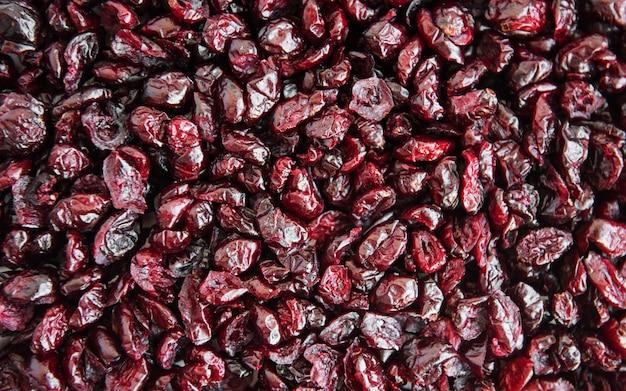 Cranberries secas em uma mesa