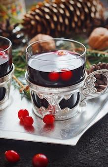 Cranberry bebida no natal, foco seletivo