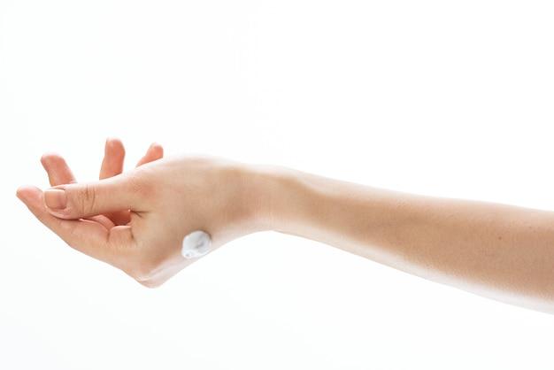 Creme para as mãos femininas dermatologia, saúde, cuidados com a pele