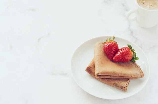 Crepes de chocolate vegano sem glúten