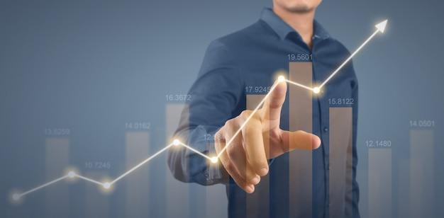 Crescimento do gráfico do plano do empresário e aumento dos indicadores positivos do gráfico em seu negócio