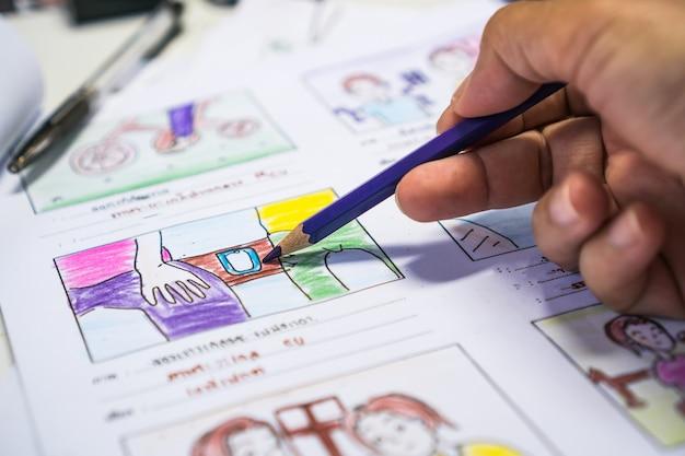 Criador storyboard ou storytelling desenho criativo para processo de filme, pré-produção de mídia de filmes, roteiro para editores de vídeo, desenvolvimento de animação de ilustração de desenho animado para filmagem de produção