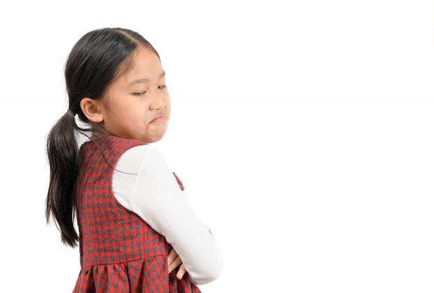 Criança asiática menina rosto expressão inveja, ciumento isolado