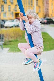 Criança, pátio recreio, exterior