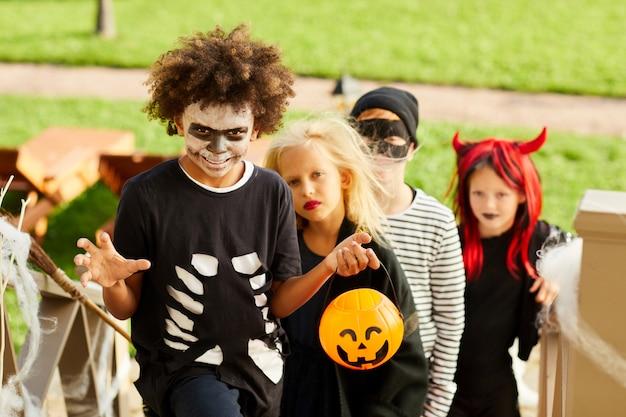 Crianças doces ou travessuras