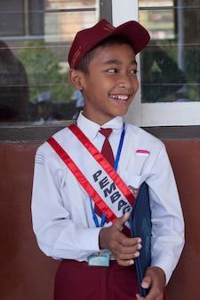 Crianças indonésias