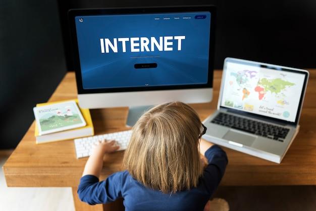 Crianças na internet