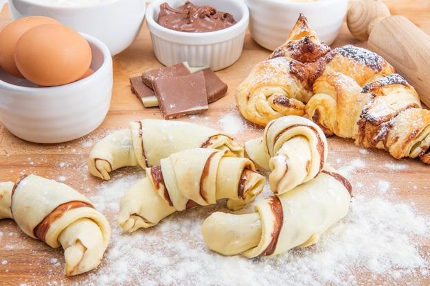Croissant de chocolate caseiro