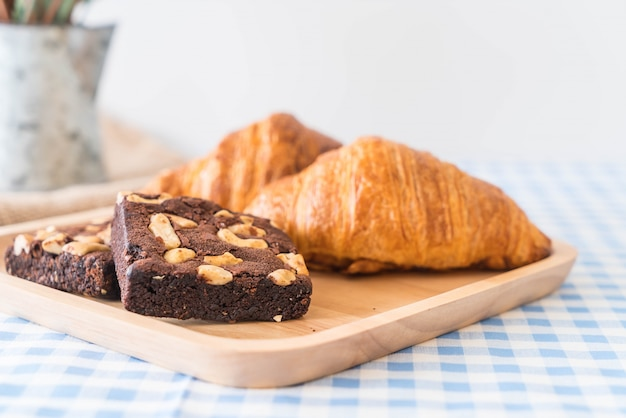 Croissant e brownies