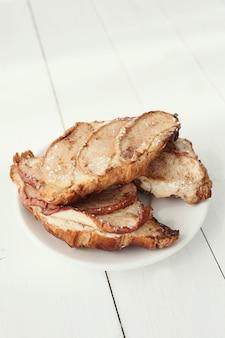 Croissants assados com peras