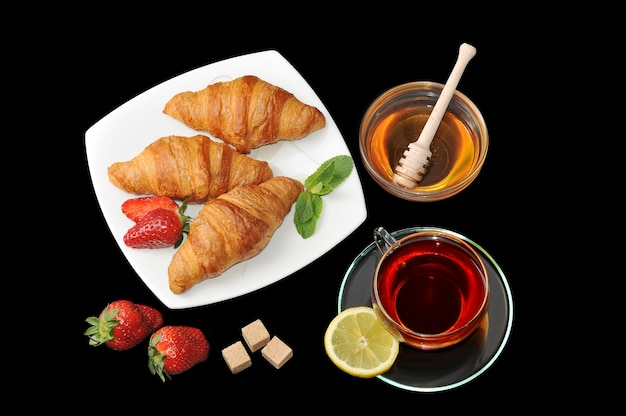 Croissants com chá e mel