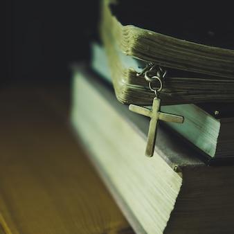 Cruzar com a sagrada bíblia