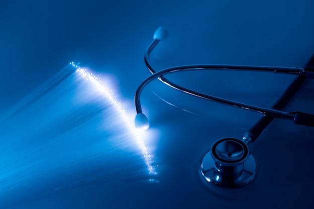 Cuidados médicos com o conceito de tecnologia