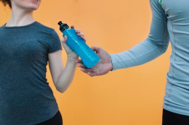 Cultivar esportistas com bebida azul