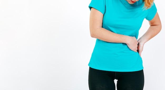 Cultivar mulher com cintura doente