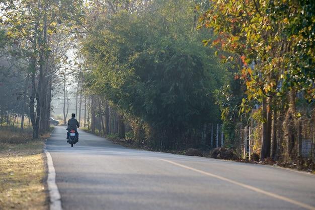 Cuntry da estrada de chiang mai