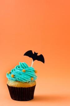 Cupcake de halloween em laranja