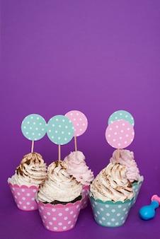 Cupcakes de aniversário delicioso