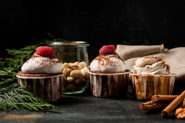 Cupcakes de close-up com canela