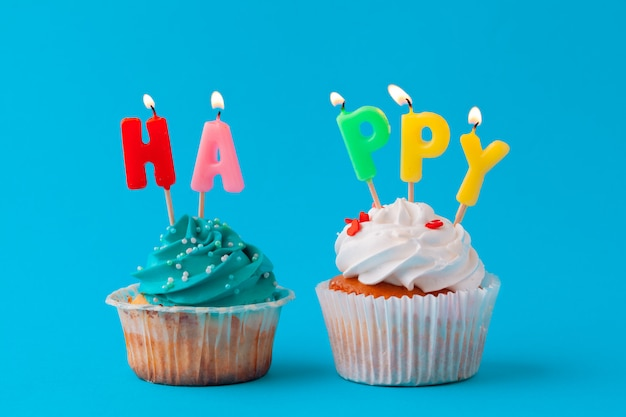 Cupcakes de feliz aniversário