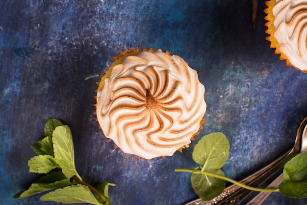 Cupcakes de limão com merengue