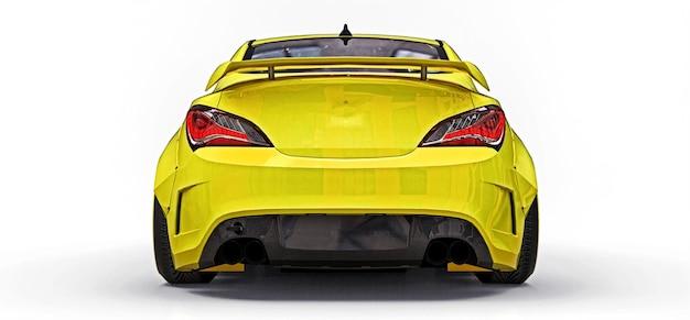 Cupê de carro esporte pequeno amarelo. afinação de corrida avançada com peças especiais e extensões de roda. renderização 3d.