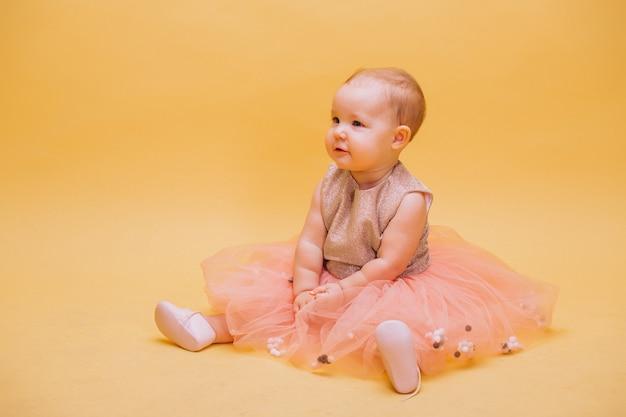 Cute, toddler bonito, em, vestido