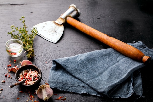 Cutelo de carne vintage e especiarias