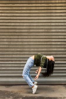 Dançarina de rua