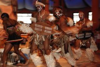 Dançarinos zulu
