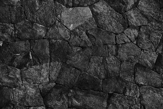Dark black rocks carvão stacked stones.jpg